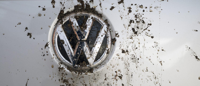 MADRID, SPAIN - SEPTEMBER 29, 2015: Logo bedraggled a Volkswagen Tiguan TDI (villorejo / Shutterstock.com)