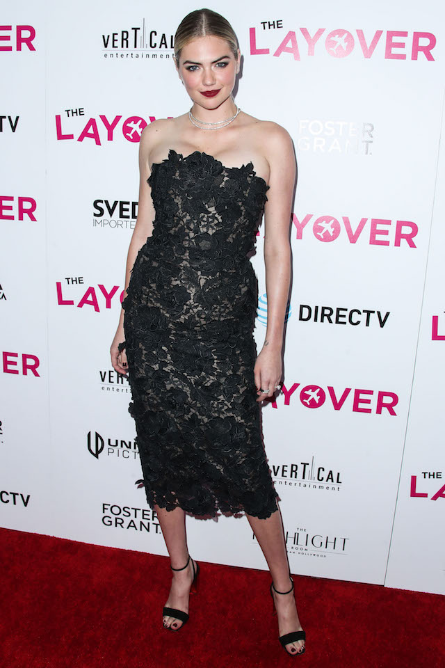 HOLLYWOOD, LOS ANGELES, CA, USA - AUGUST 23: Actress Kate Upton wearing a J Mendel dress and Giuseppe Zanotti heels while carrying a Edie Parker clutch arrives at the Los Angeles Premiere Of DIRECTV And Vertical Entertainment's 'The Layover' held at ArcLight Hollywood on August 23, 2017 in Hollywood, Los Angeles, California, United States. (Photo by Xavier Collin/Image Press Agency/Splash News) <P> Pictured: Kate Upton <B>Ref: SPL1561406 230817 </B><BR /> Picture by: Xavier Collin/IPA/Splash News