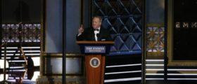 69th Primetime Emmy Awards – Show – Los Angeles, California, U.S., 17/09/2017 - Former White House Press Secretary Sean Spicer speaks. REUTERS/Mario Anzuoni