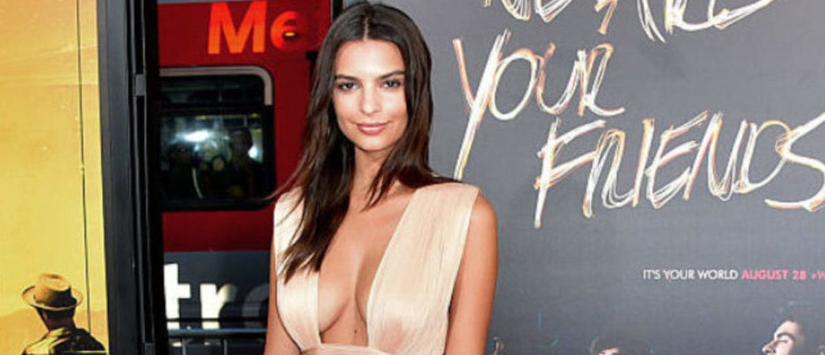 HOLLYWOOD, CA - AUGUST 20: Actress Emily Ratajkowski attends the premiere of Warner Bros. Pictures' 'We Are Your Friends' at TCL Chinese Theatre on August 20, 2015 in Hollywood, California. (Photo by Alberto E. Rodriguez/Getty Images)
