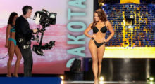 ATLANTIC CITY, NJ - SEPTEMBER 10:  Miss North Dakota 2017 Cara Mund participates in Swimsuit challenge during the 2018 Miss America Competition Show at Boardwalk Hall Arena on September 10, 2017 in Atlantic City, New Jersey.  (Photo by Donald Kravitz/Getty Images for Dick Clark Productions)
