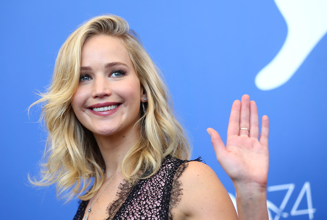"""Actor Jennifer Lawrence poses during a photocall for the movie """"Mother!"""" at the 74th Venice Film Festival in Venice, Italy September 5, 2017. REUTERS/Alessandro Bianchi - RC1C7A6836C0"""