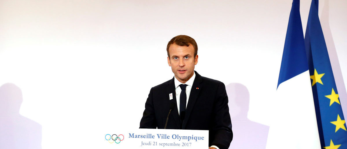 French President Emmanuel Macron attends a press conference during his visit at the future site of the sailing for the 2024 Summer Olympic Games in Marseille, France, September 21, 2017. REUTERS/Sebastien Nogier/Pool - RC12D8294DB0