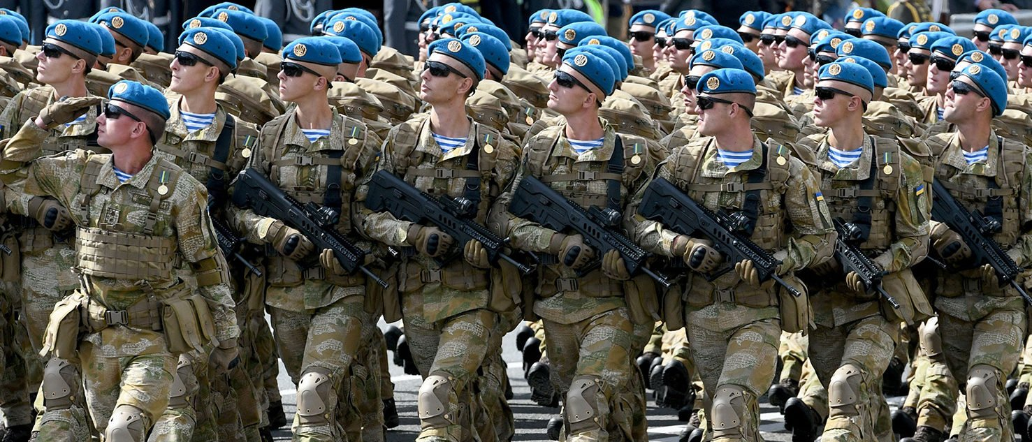 Ukrainian servicemen march during a military parade in Kiev on August 24, 2017 to celebrate the Independence Day, 26 years since Ukraine gained independence from the Soviet Union. PHOTO: Getty Images/AFP/Genya SAVILOV