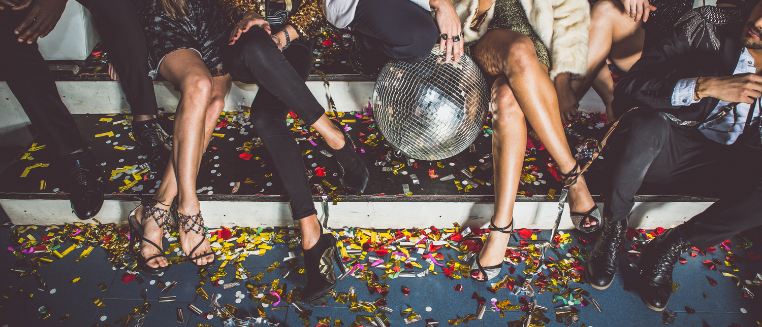 Party people going wild at luxury shindig (Photo: Shutterstock/ oneinchpunch)