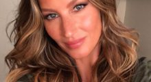 Gisele Bündchen shares selfie in army green top looking stunning. (photo: Instagram)