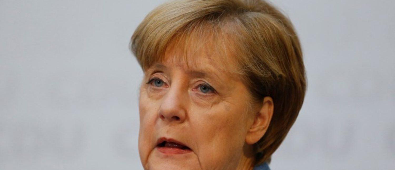 Christian Democratic Union (CDU) Chancellor Angela Merkel and Christian Social Union (CSU) Bavaria State Premier Horst Seehofer address a news conference in Berlin, Germany, October 9, 2017.