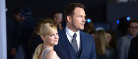 Actors Anna Faris and Chris Pratt attend the premiere of Columbia Pictures' 'Passengers' at Regency Village Theatre on December 14, 2016 in Westwood, California. (Photo by Matt Winkelmeyer/Getty Images)