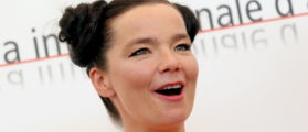 """Icelandic singer and actress Bjork poses during a photocall at the Venice Lido September 2, 2005. Bjork is starring in [U.S. director Matthew Barney's] latest movie """"Drawing Restraint 9"""". - PBEAHUNXNDP (Reuters)"""