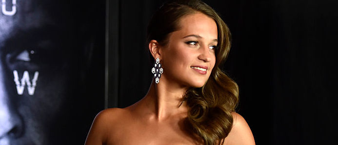 """Alicia Vikander looking fabulous for the Premiere of """"Jason Bourne"""" in Las Vegas, Nevada, in July 2016. (Photo/DAVID BECKER/AFP/Getty Images)"""