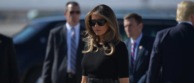 US First Lady Melania Trump steps off Air Force One upon arrival at McCarran International Airport in Las Vegas on October 4, 2017. President Donald Trump arrived Wednesday in Las Vegas, where he will meet survivors of the most deadly mass shooting in modern US history. / AFP PHOTO / MANDEL NGAN (Photo credit should read MANDEL NGAN/AFP/Getty Images)