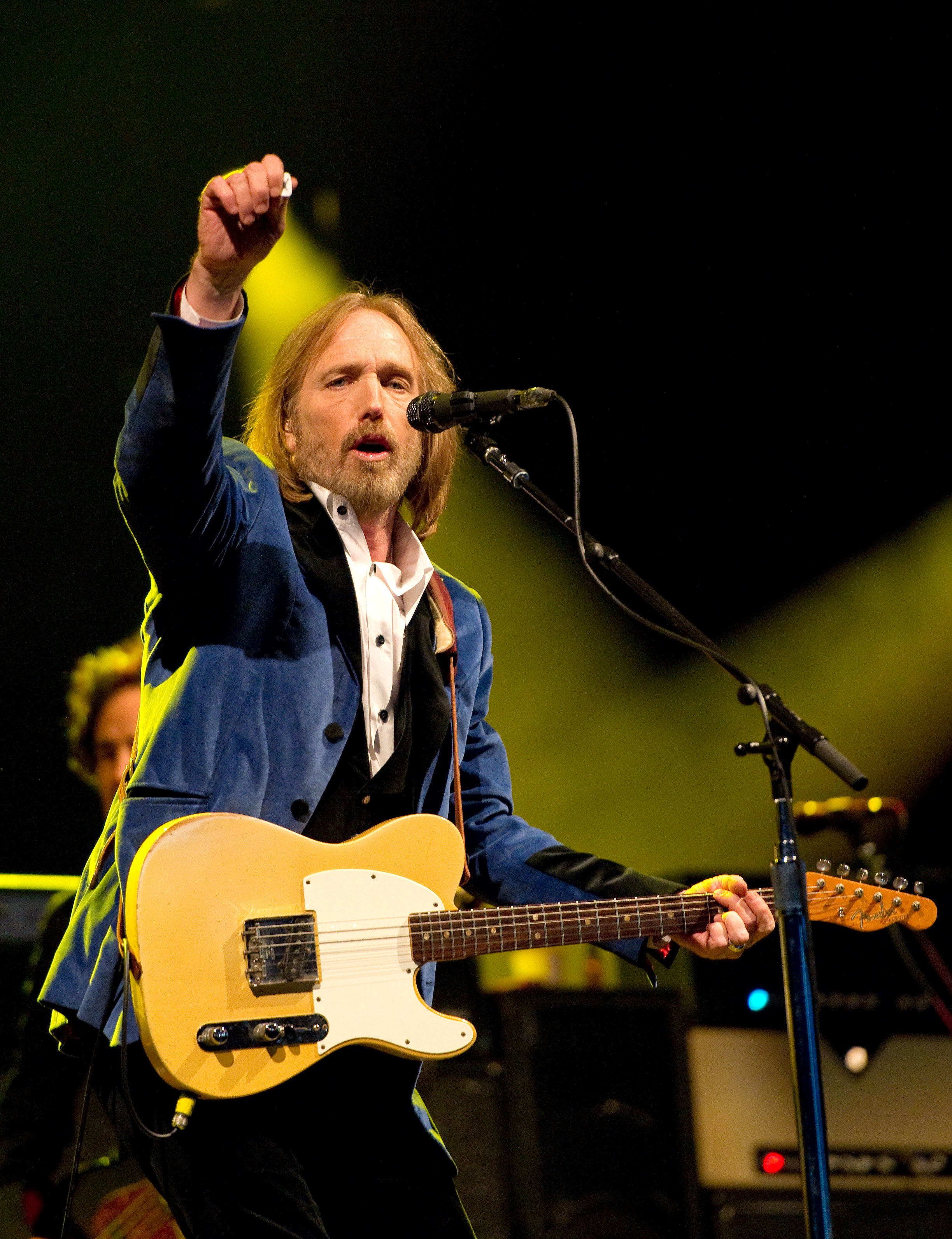 Rock Legends Pay Tribute To Tom Petty After His Passing ...