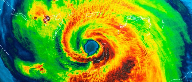 hurricane Shutterstock/Trong Nguyen