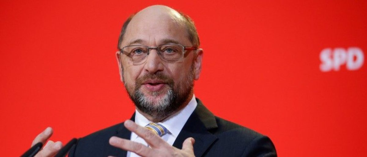 The leader of the Social Democrats (SPD) Martin Schulz gives a statement at the party headquarter in Berlin, Germany, November 27, 2017.    REUTERS/Axel Schmidt