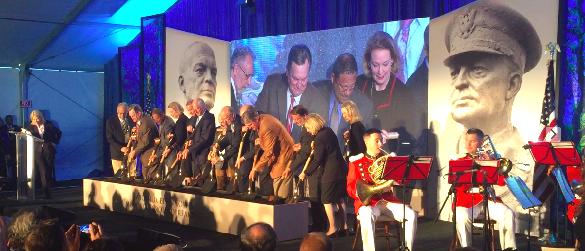 Sens. Pat Roberts, Joe Manchin and architect Frank Gehry stand with the family of Dwight Eisenhower to break the ground of the memorial in Washington, D.C. (Photo: The Daily Caller News Foundation/Thomas Phippen)