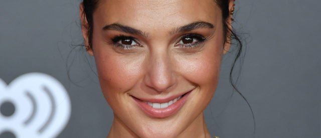 Actor Gal Gadot attends the premiere of Warner Bros. Pictures 'Justice League' at the Dolby Theatre on November 13, 2017 in Hollywood, California. (Photo by Neilson Barnard/Getty Images)