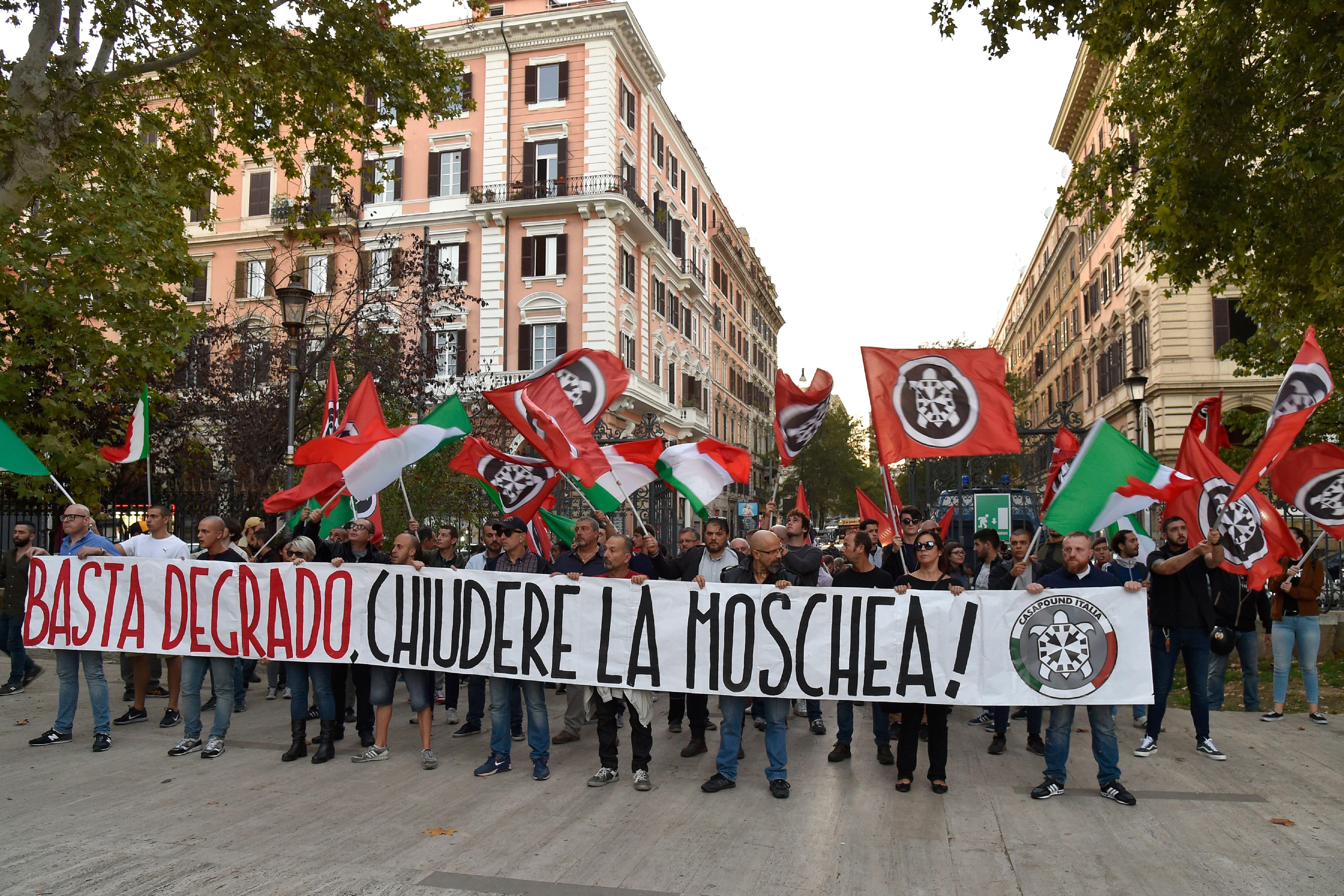 Roberto Spada arrested for attacking RAI crew members