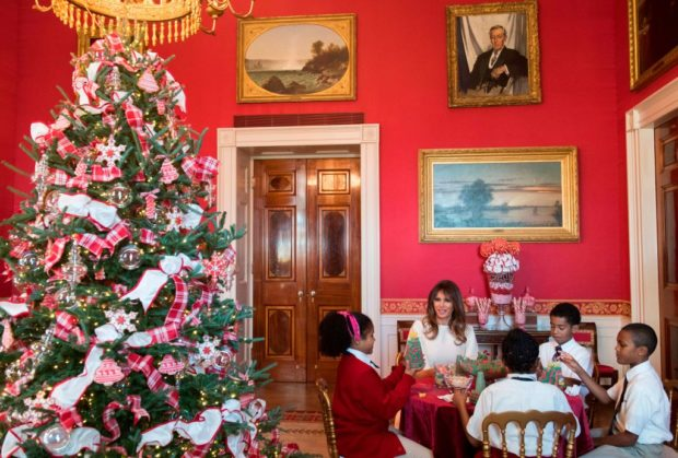 Photos Of Melania Trump White House Christmas The Daily