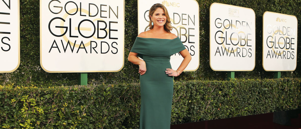 TV personality Jenna Bush Hager arrives at the 74th Annual Golden Globe Awards in Beverly Hills, California, U.S., January 8, 2017. (Photo: REUTERS/Mike Blake)