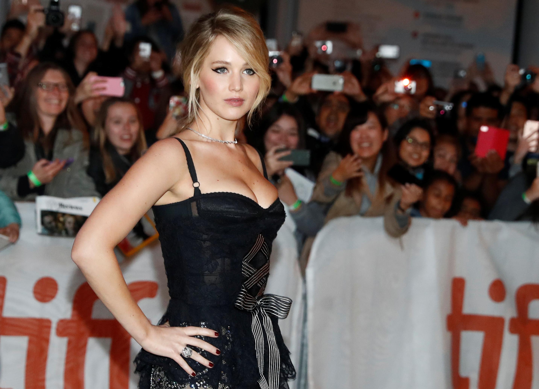 "Actor Jennifer Lawrence arrives on the red carpet for the film ""Mother!"" at the Toronto International Film Festival in Toronto, September 10, 2017. REUTERS/Mark Blinch"