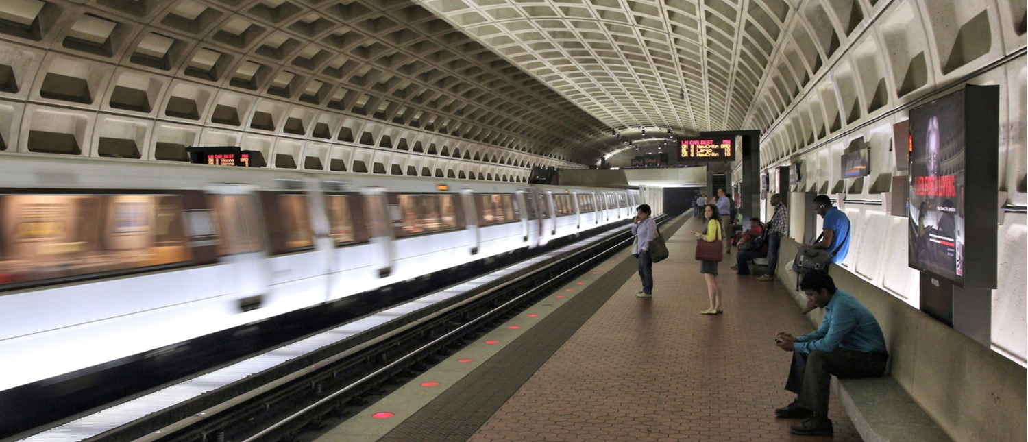 People board subway train in Washington. With 212 million annual rides in 2012 Washington Metro is the 3rd busiest rapid transit system in the USA. (Photo: Shutterstock/Tupungato)