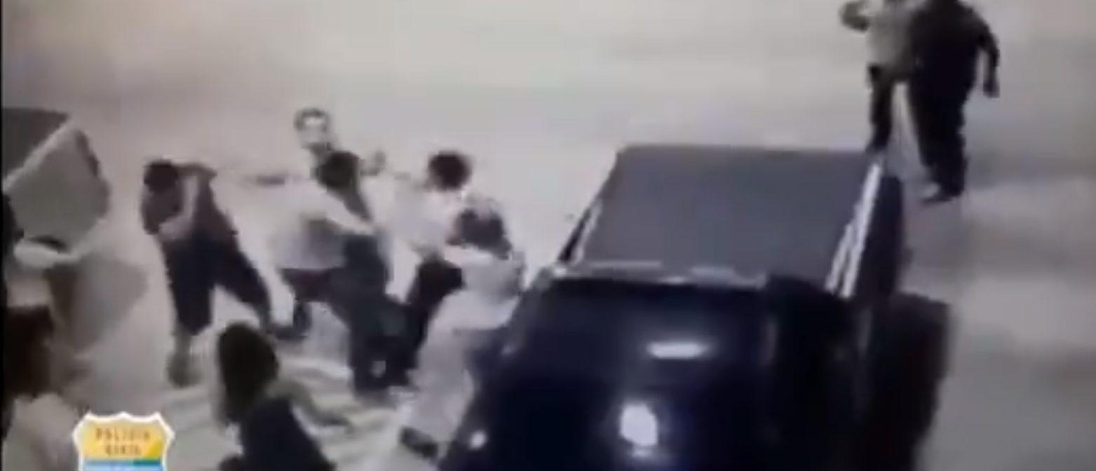 The brawl (Screenshot / LiveLeak)