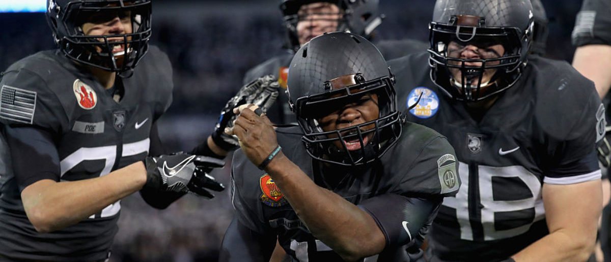 Army Navy Game 2017 Uniforms >> See Army Football Uniforms For Navy Game - breaking news headlines news portal website
