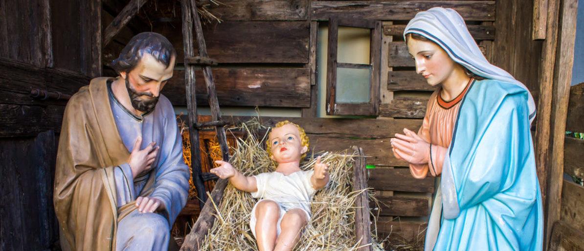 Christmas Nativity scene (shutterstock/marcociannarel)