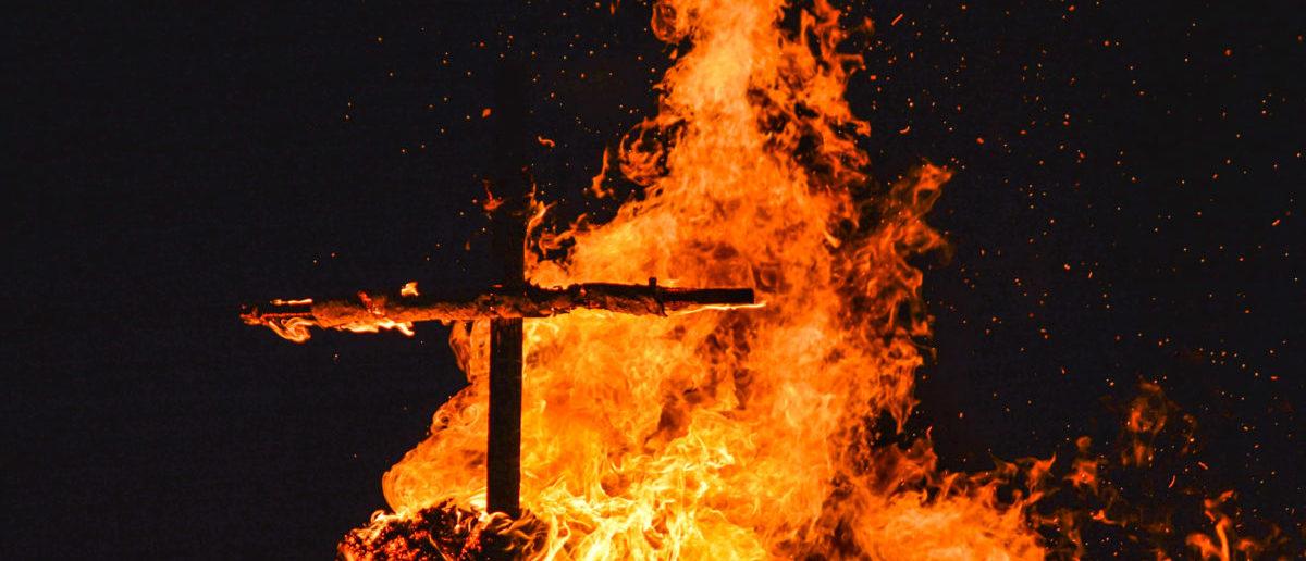 Cross Burning (shutterstock/ Noska Photo)