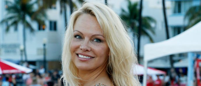 Pamela Anderson attends Paramount Pictures' World Premiere of 'Baywatch' in Miami Beach, Florida on May 13, 2017. (Photo: RHONA WISE/AFP/Getty Images)