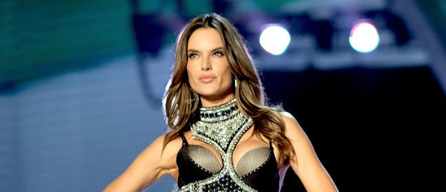 Alessandra Ambrosio walks the runway during the 2017 Victoria's Secret Fashion Show In Shanghai at Mercedes-Benz Arena on November 20, 2017. (Photo by Matt Winkelmeyer/Getty Images for Victoria's Secret)