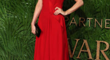 Lilah Parsons poses on the red carpet upon arrival to attend the British Fashion Awards 2017 in London on December 4, 2017. / AFP PHOTO / Daniel LEAL-OLIVAS        (Photo credit should read DANIEL LEAL-OLIVAS/AFP/Getty Images)