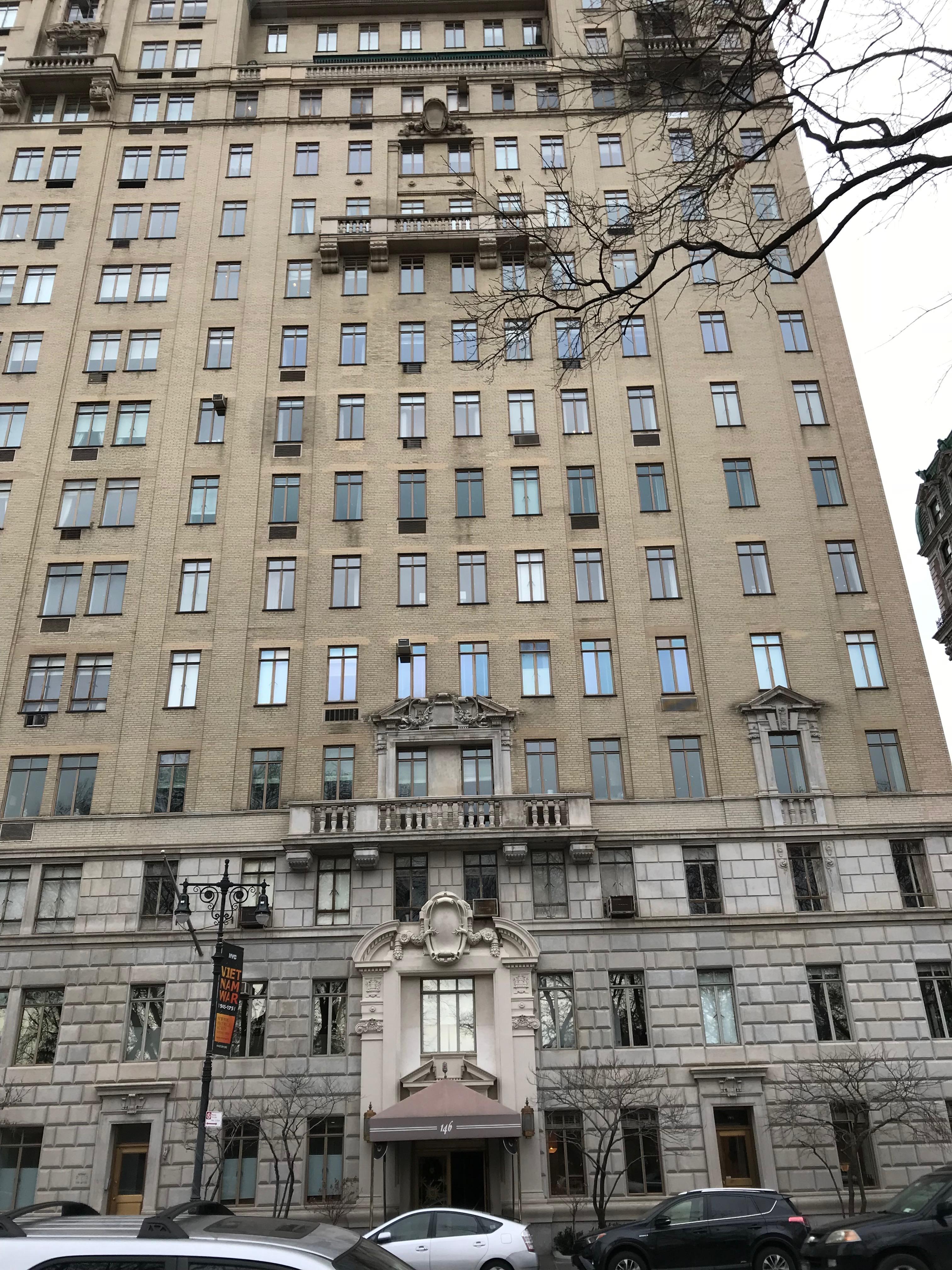 A building where Ilene Sackler Lefcourt has an apartment overlooking Central Park. (DCNF/Ethan Barton)