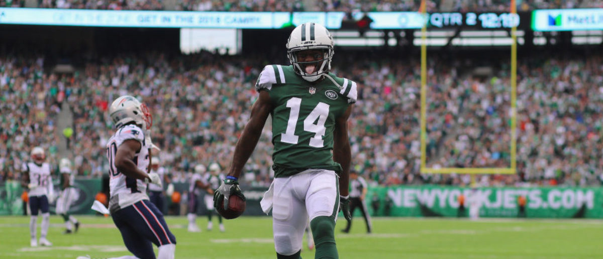 Wide receiver Jeremy Kerley #14 of the New York Jets runs in a 31-yard touchdown against the New England Patriots during the second quarter of their game at MetLife Stadium on October 15, 2017 in East Rutherford, New Jersey. (Photo by Abbie Parr/Getty Images)
