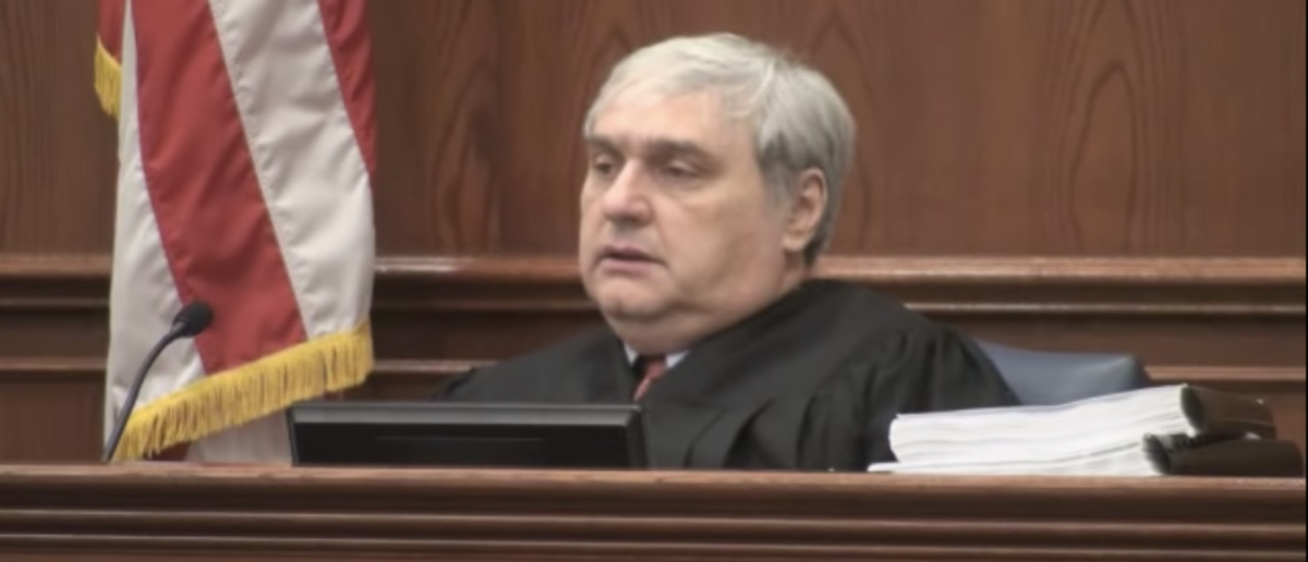 Judge Alex Kozinski during an oral argument in 2010. (YouTube screenshot/9th Circuit Court of Appeals)