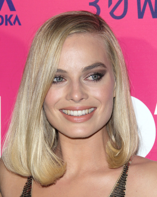 "Arrivals for the Los Angeles Premiere of ""I, TONYA"", held at the Egyptian Theater in Los Angeles, California <P> Pictured: Margot Robbie <B>Ref: SPL1633466 051217 </B><BR /> Picture by: Jen Lowery / Splash News"