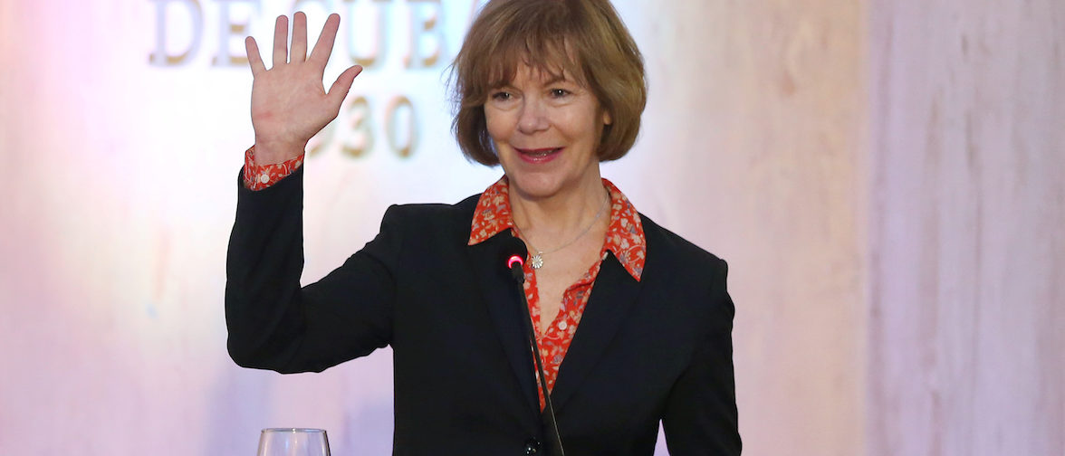 Minnesota Lt. Governor Tina Smith waves to journalists at the end of a news conference in a Hotel in Havana, Cuba, June 22, 2017. REUTERS/Alexandre Meneghini