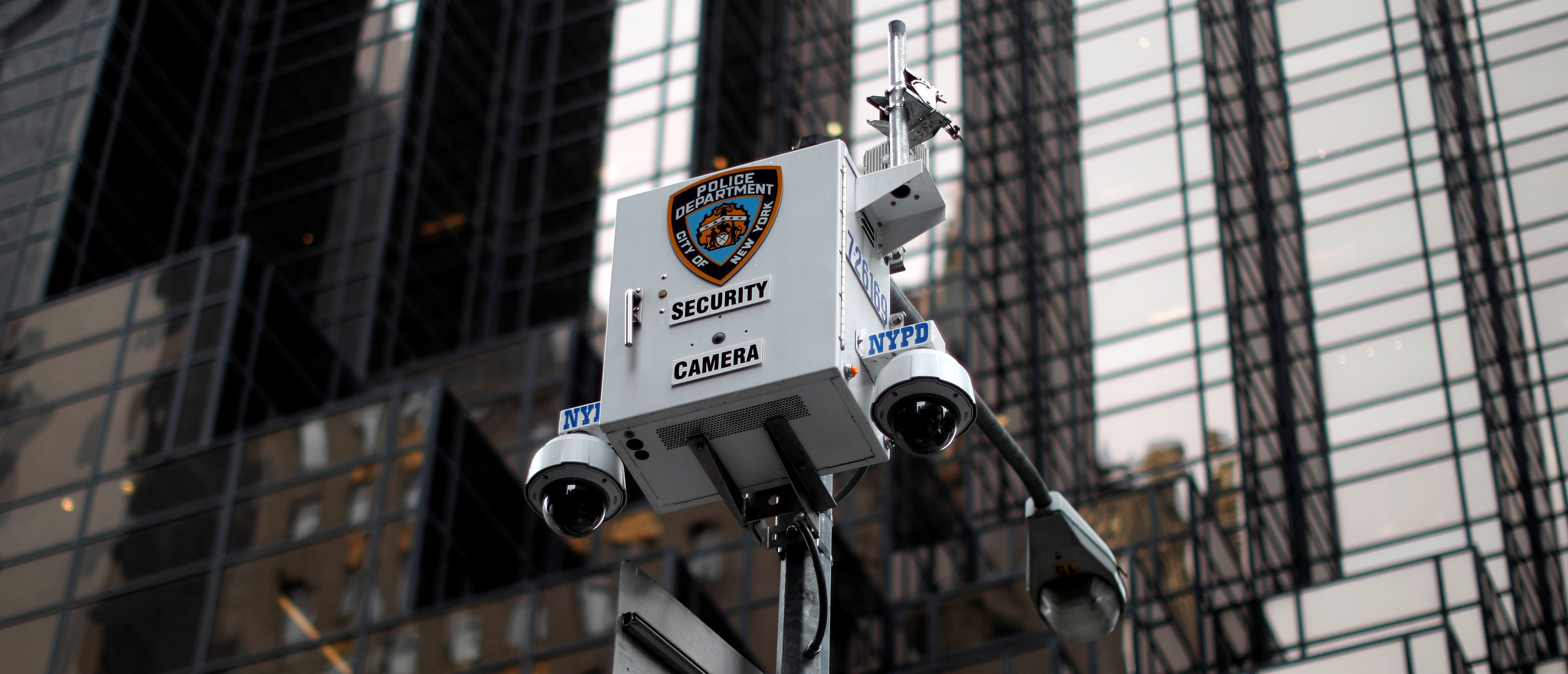 New York City Police Department (NYPD) security cameras are seen outside Trump Tower on 5th Avenue in New York City, April 26, 2017. REUTERS/Mike Segar