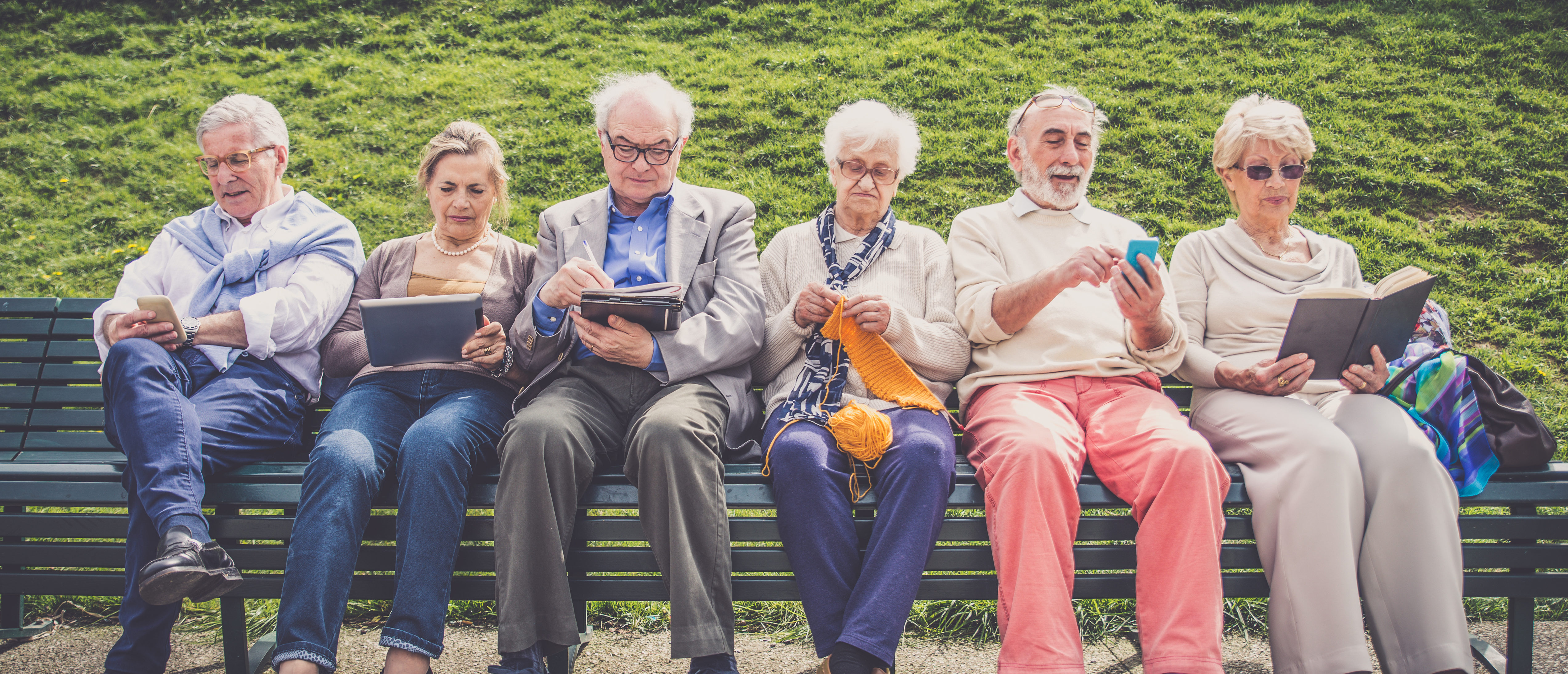 social media and the elderly Social media is a great means for the elderly to keep in touch with friends and family and not feel lonely while some may believe social media use is exclusive to the younger set, recent statistics prove otherwise.