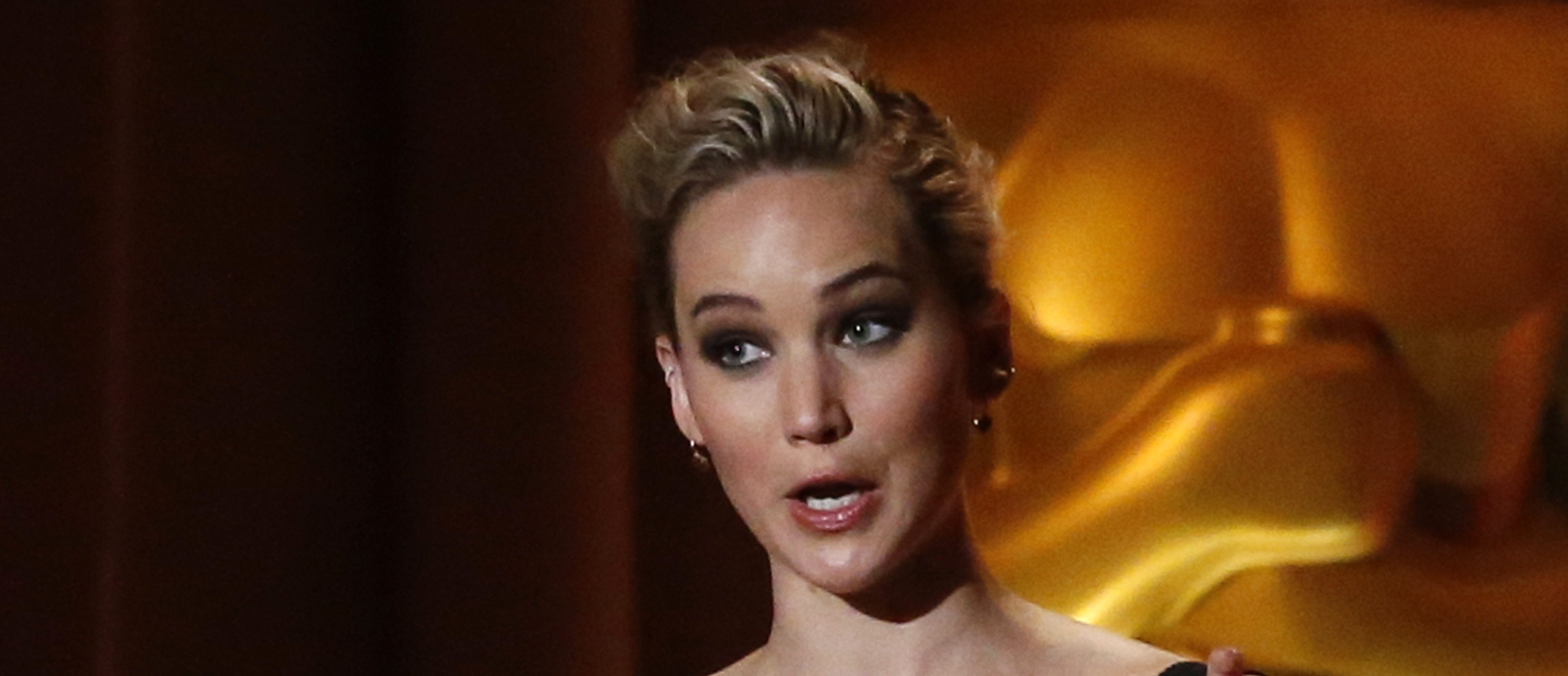 9TH Governors Awards Show Los Angeles, California, U.S., 11/11/2017 - Actress Jennifer Lawrence speaks on stage. REUTERS/Mario Anzuoni - HP1EDBC0JVCGZ