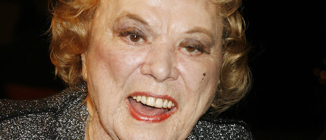 """Actress Rose Marie poses as she arrives at a special screening of the DreamWorks Pictures film """"Sweeney Todd The Demon Barber of Fleet Street"""" at Paramount Studios in Hollywood, California, December 5, 2007. REUTERS/Fred Prouser (UNITED STATES) - GM1DWTFXOWAA"""