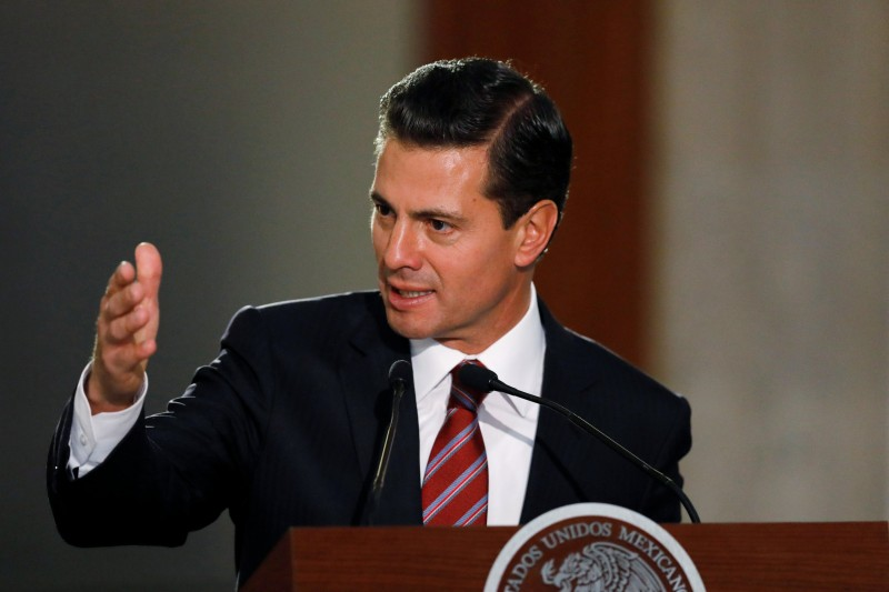 Mexican President Pena Nieto addresses the audience during the closing ceremony of the 29th Meeting of Ambassadors and Consuls in Mexico City
