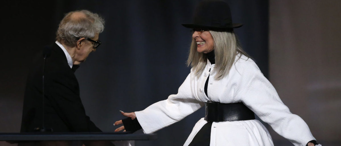 2017 American Film Institute Life Achievement Award – Show – Los Angeles, California, U.S., 08/06/2017 - Actress Diane Keaton embraces director Woody Allen as she arrives on stage to receive an award in her honor. REUTERS/Mario Anzuoni - HP1ED690EMP2S