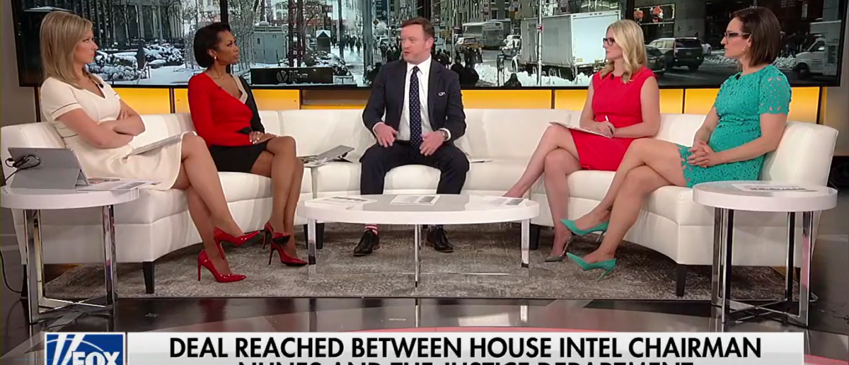 "Fox News guest Chris Bedford grips the FBI for being partisan on Fox News' ""Outnumbered"" 1-5-18. (Photo: Screenshot/Fox News)"