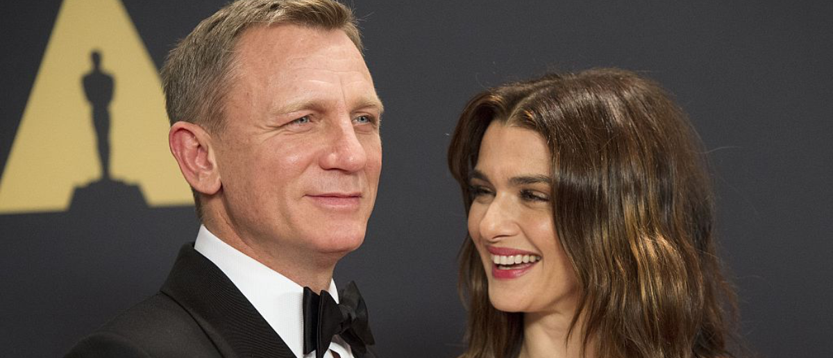 Actors Daniel Craig (L) and Rachel Weisz attend the 7th Annual Governors Awards honoring Spike Lee, Gena Rowlands and Debbie Reynolds, in Hollywood, California, on November 14, 2015.AFP PHOTO /VALERIE MACON (Photo credit should read VALERIE MACON/AFP/Getty Images)