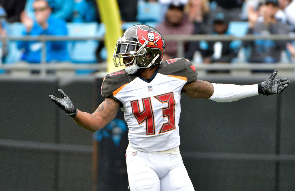 T a Bay Bucs Star Arrested With Outrageous Amount Of Weed 0oiv9i