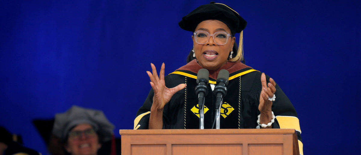 Entertainer and honorary degree recipient Oprah Winfrey delivers the Commencement address at Smith College in Northampton, Massachusetts, U.S., May 21, 2017. REUTERS/Brian Snyder