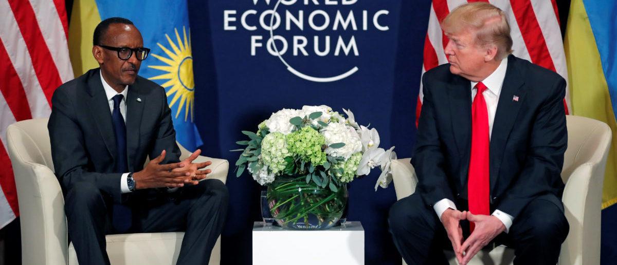 U.S. President Donald Trump meets President Paul Kagame of Rwanda during the World Economic Forum (WEF) annual meeting in Davos, Switzerland January 26, 2018. REUTERS/Carlos Barria - RC14C60C1AD0