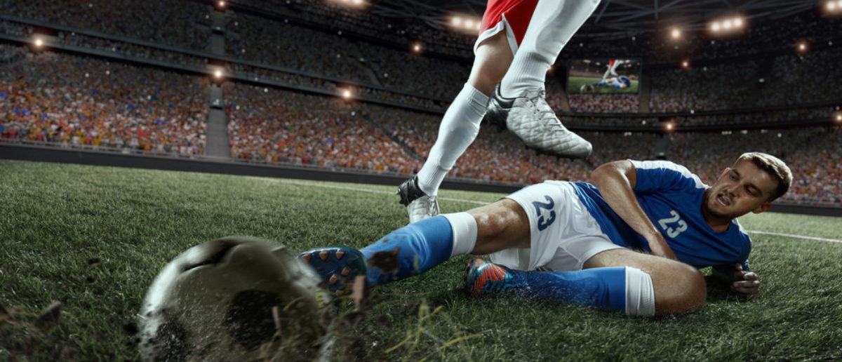 Soccer Players (Shutterstock/ Alex Kravtsov)