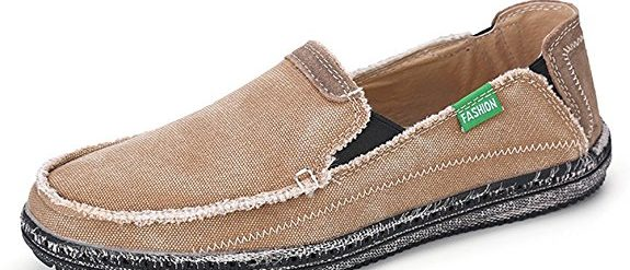 Normally $60, these boat shoes are 60 percent off. They come in black, blue, brown and gray (Photo via Amazon)
